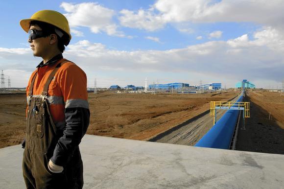 la-la-fg-mongolia-economy01-jpg-20150221